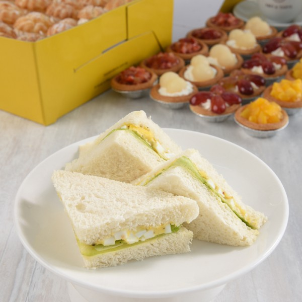 Mini Egg Mayo Sandwiches (Box of 20) [No Meat]